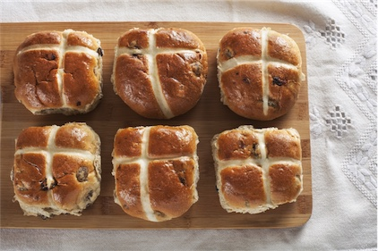 Why I make my own hot cross buns (with recipe included)
